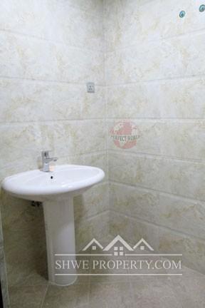 ရန္ကုန္ၿမိဳ႕ရိွ အဆင့္ျမင့္ကြန္ဒိုတြင္ပါ၀င္ေသာ Royal Sin Min Condo Room